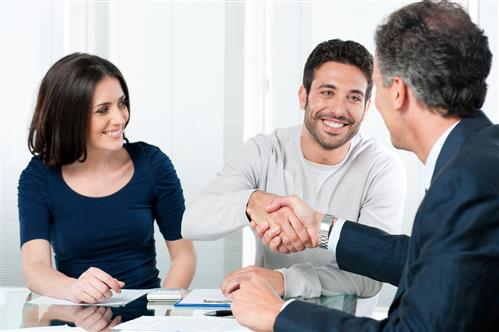 Home Buyers Meeting with Broker